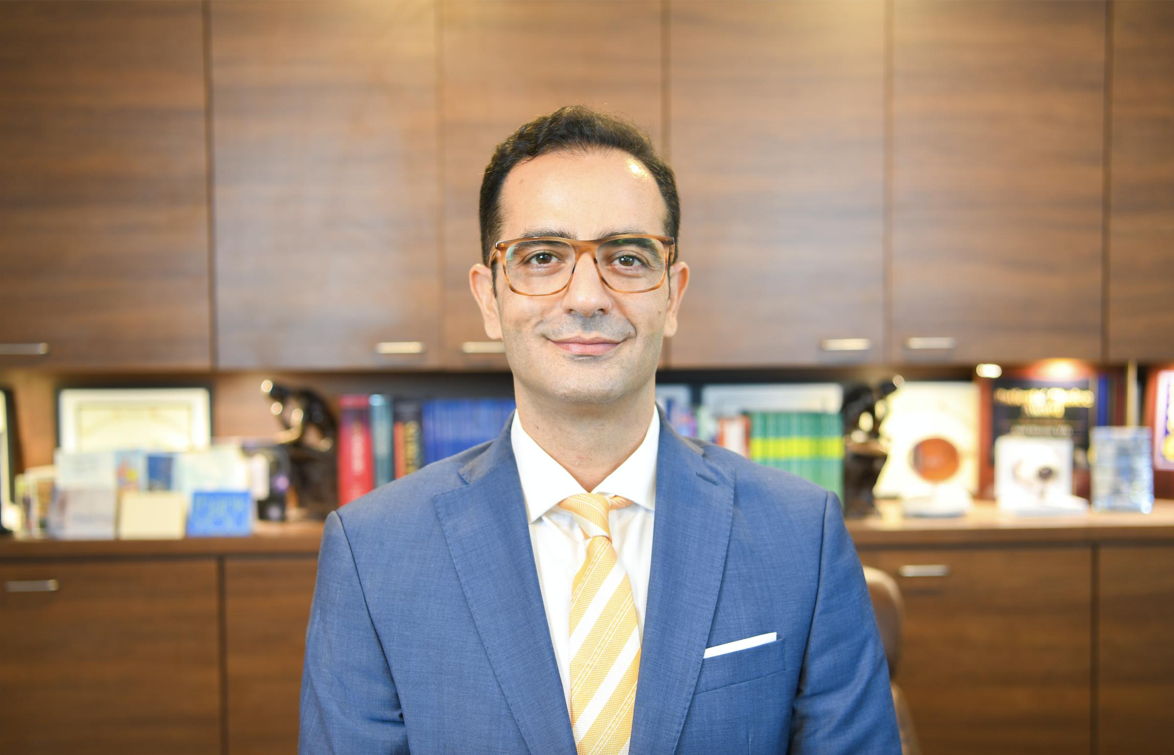 Ehsan Mozayan, MS MD